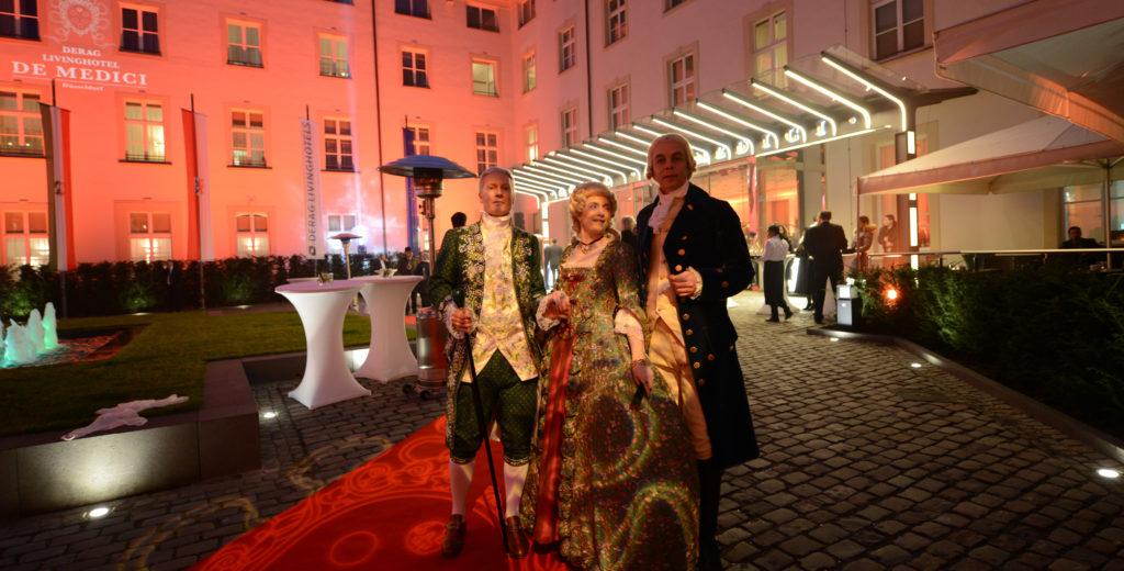 Grand Opening de Medici, Düsseldorf